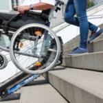 Устройства за изкачване на хора и инвалидни колички по стълби