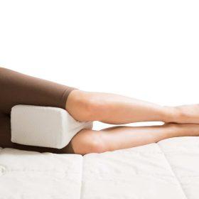 ортопедична възглавница между крака