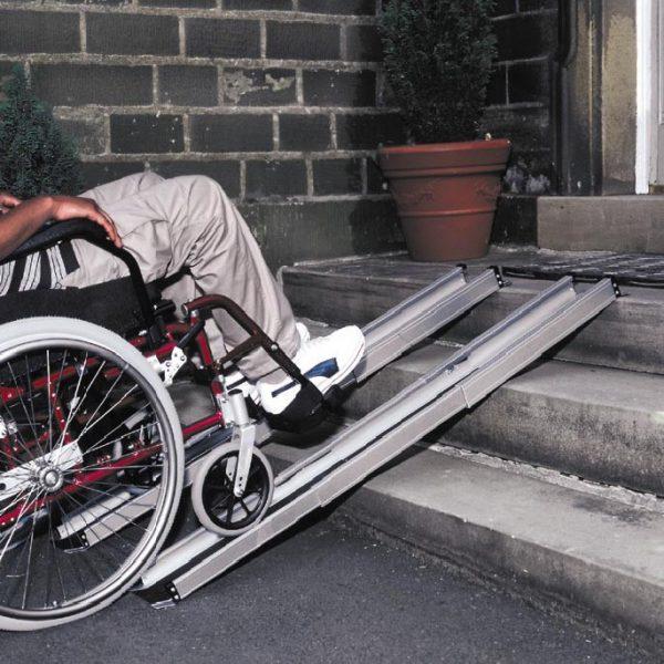 Алуминиеви телескопични рампи за инвалидна количка 213 см